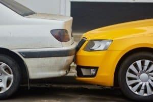 שפשוף רכב בחניה