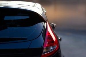 צילום אחורי של מכונית